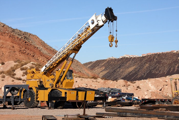 Don't forget to ask these things when you hire a crane service